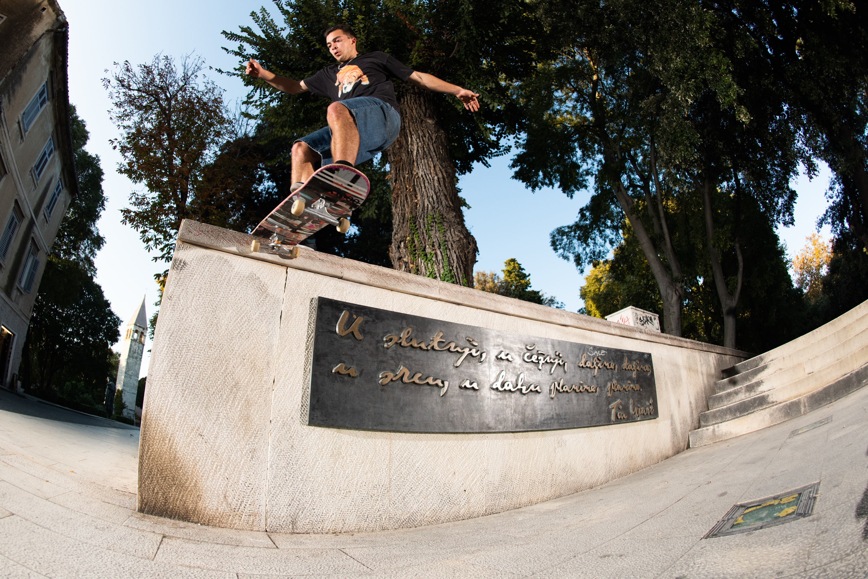 Dan Fisher Eustance, FS Tailslide, Photo, Rafski, Journal, Skate, Magazine